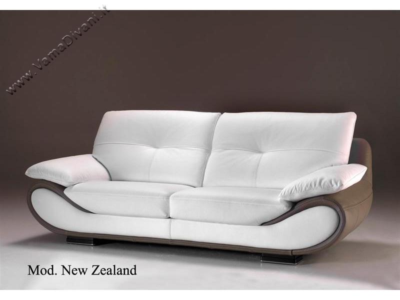 Divano ad angolo retto in pelle modello New Zealand