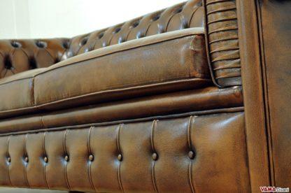 Base divano con bottoni