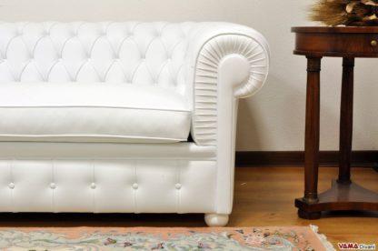 Bracciolo divano Chesterone in pelle bianca