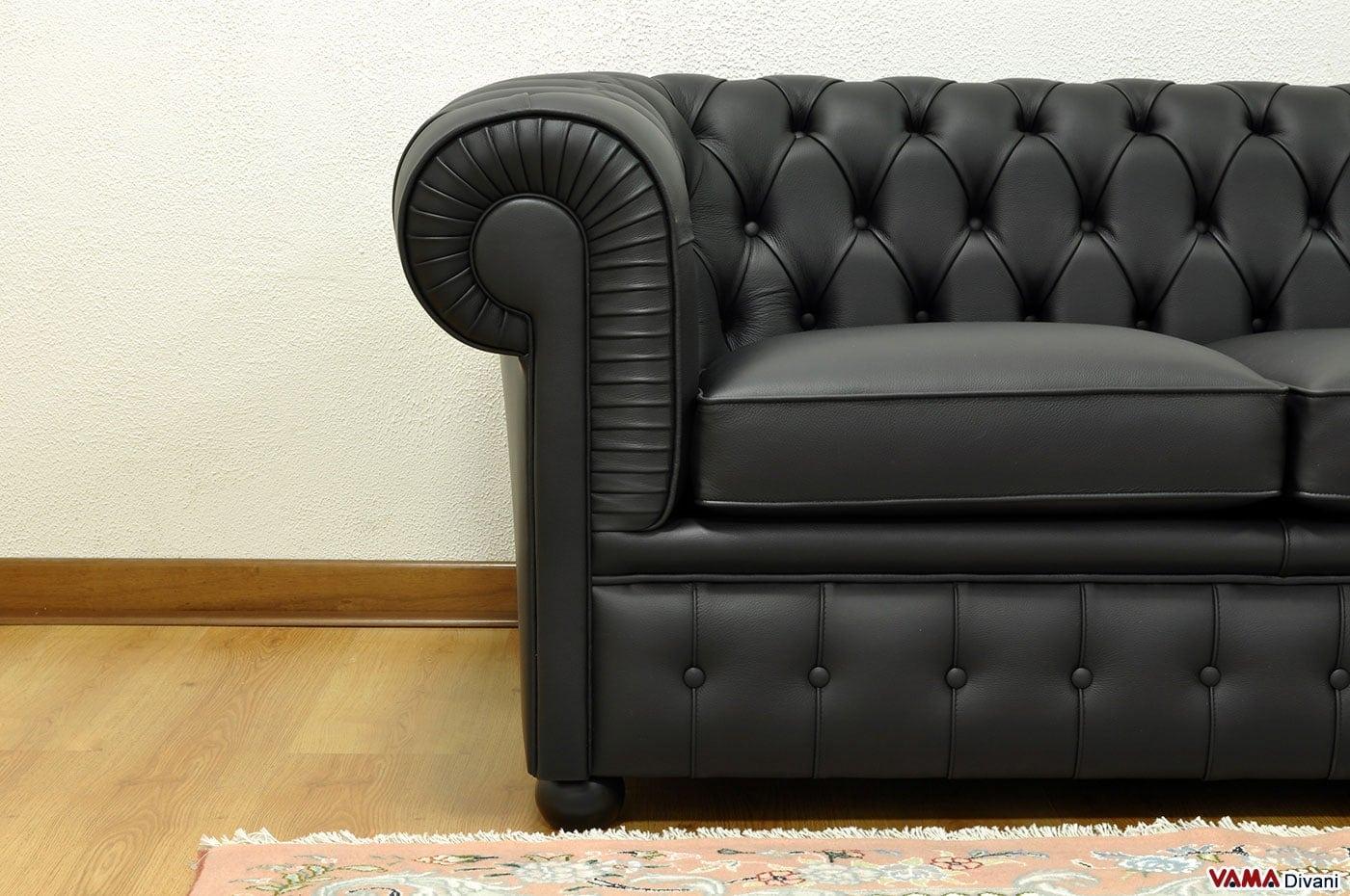 Divano chesterfield 2 posti prezzo rivestimenti e misure - Pelle del divano rovinata ...