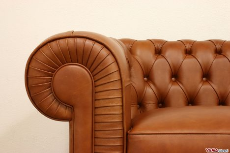 Chesterfield 2 posti vintage in pelle