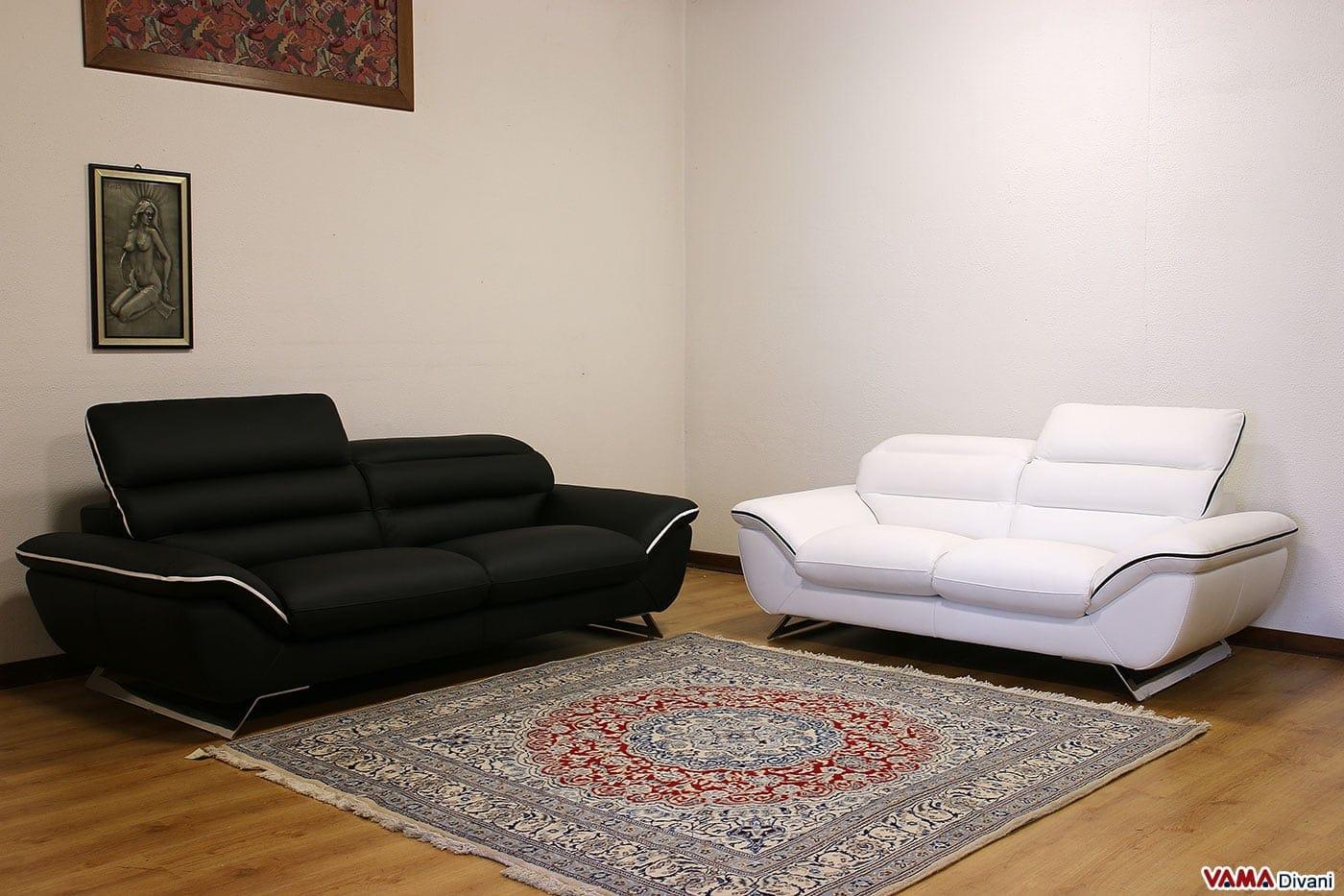 divano moderno bianco in pelle con piedini in acciaio