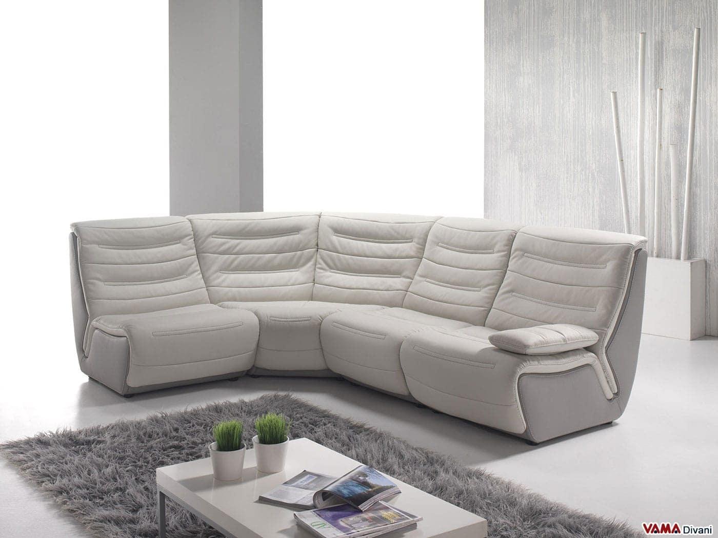 Divano angolare componibile di design in pelle di grandi for Divani letti moderni