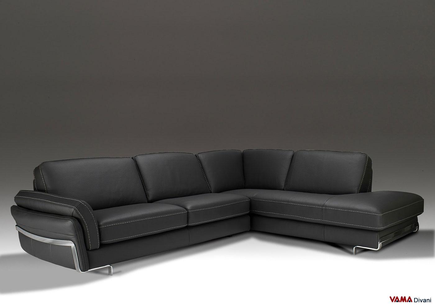 divano angolare in vera pelle nera lineare e moderno
