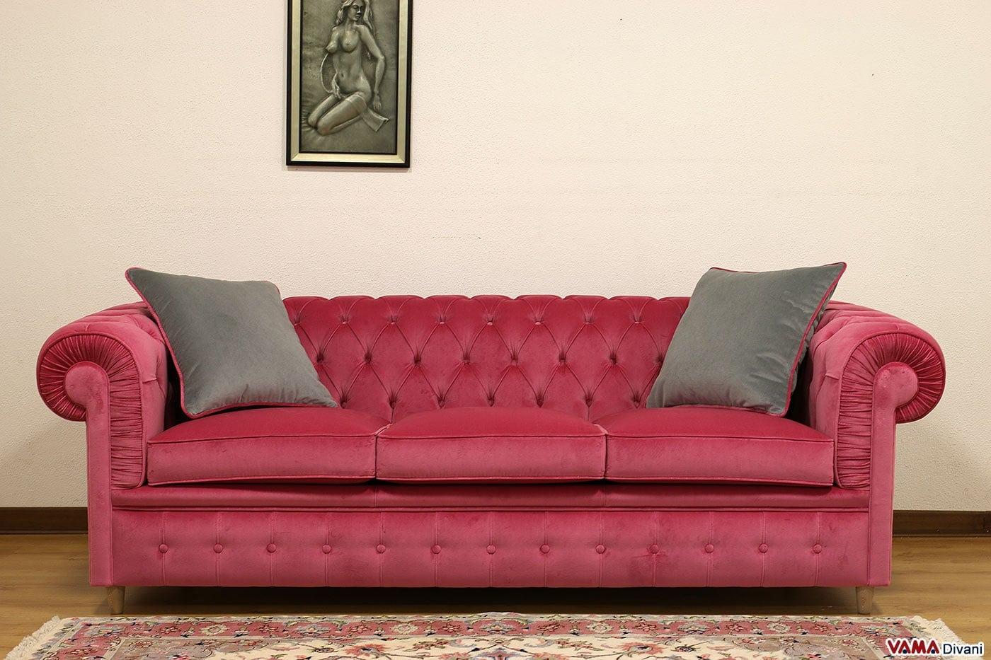 Divano chesterfield 3 posti prezzo e dimensioni for Cuscini divano