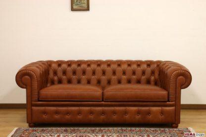 Divano Chesterfield 2 posti maxi vintage in pelle cognac