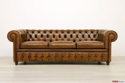 Divano Chesterfield 3 posti marrone