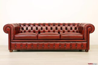 Divano Chesterfield 3 posti rosso in pelle asportata vintage effetto antico
