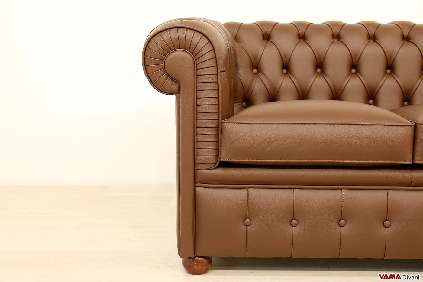 Divano chesterfield con misure ridotte chesterino - Altezza seduta divano ...
