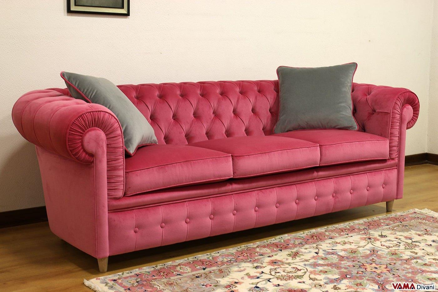 Divano Chester in velluto rosa