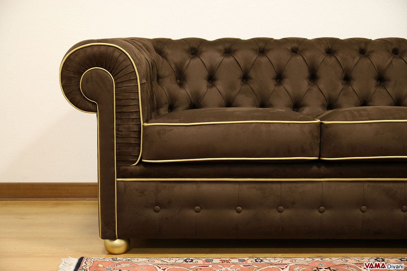 divani in pelle chesterfield usati