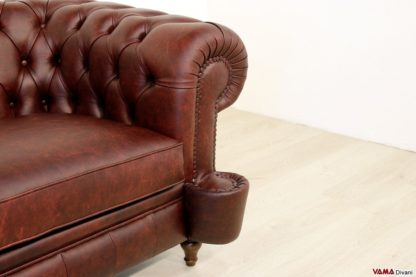Divano Chesterfield vintage in pelle bordeaux