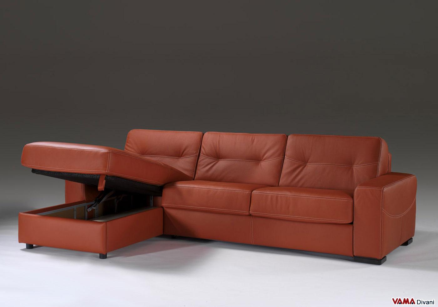 Divano angolare con letto matrimoniale e penisola contenitore for Chaise longue divano