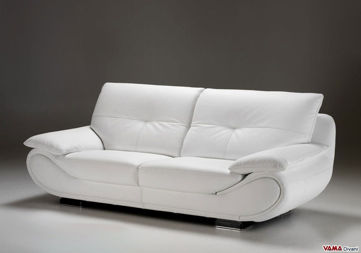 Divano Moderno Bianco in Pelle  Prezzo e Misure