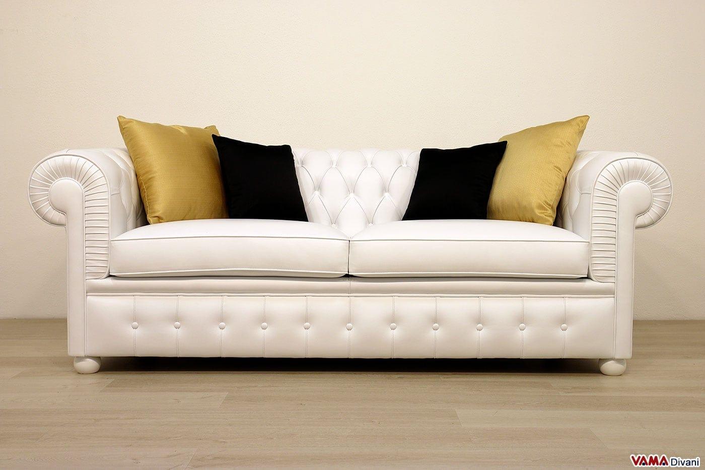 Divano chesterfield 2 posti maxi due cuscini large - Divano in pelle bianco ...