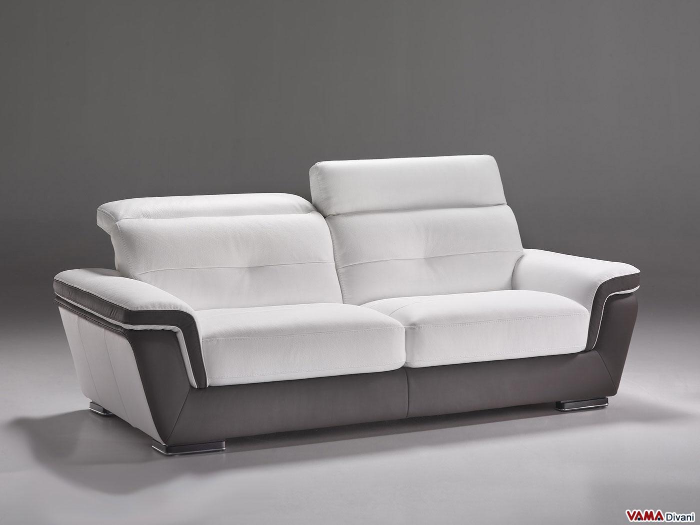 Divano moderno in pelle di colore marrone e bianco for Divani moderni grigi