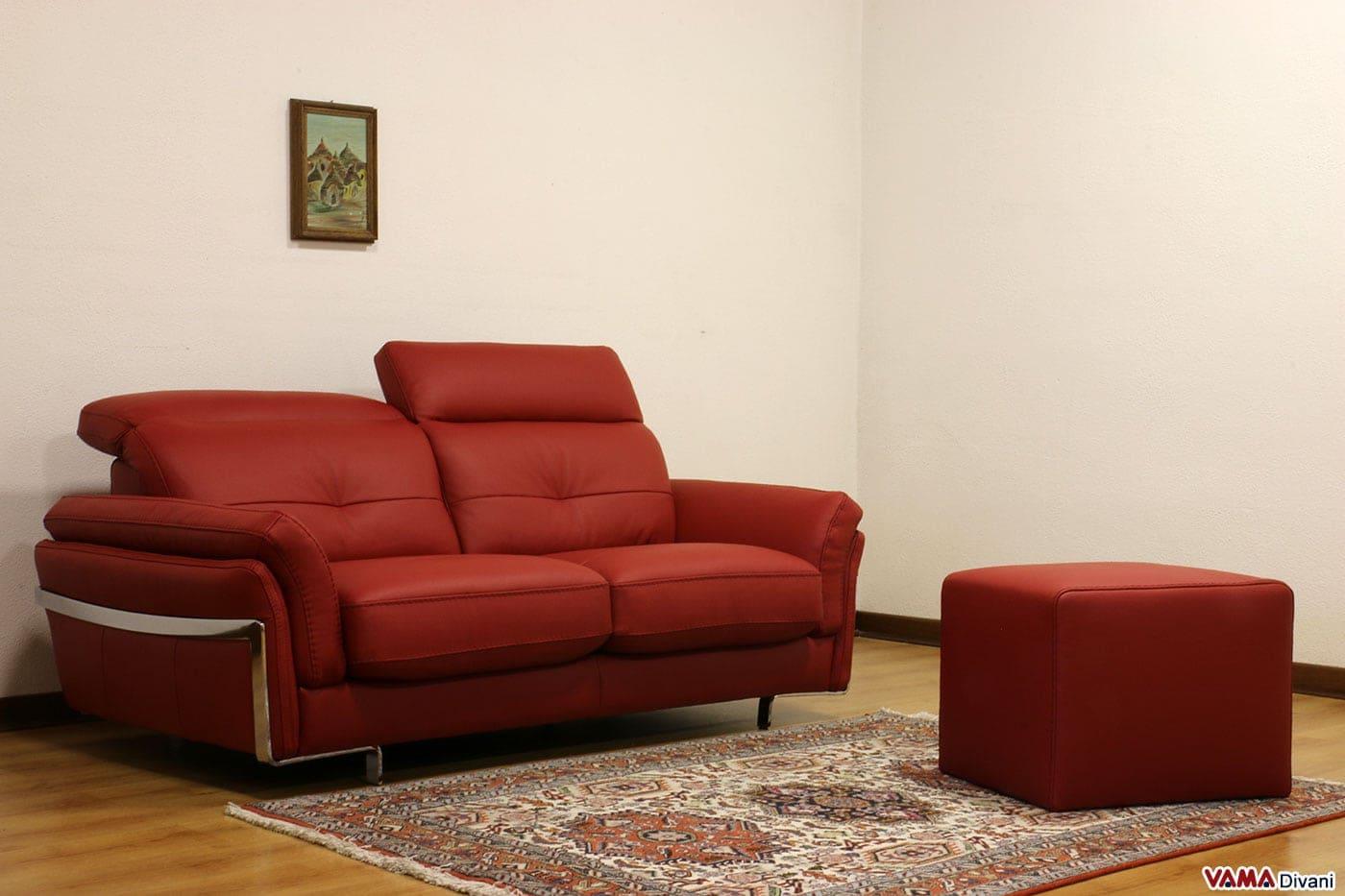 Divano in pelle moderno con poggiatesta per maggiore comfort - Pouf per divano ...