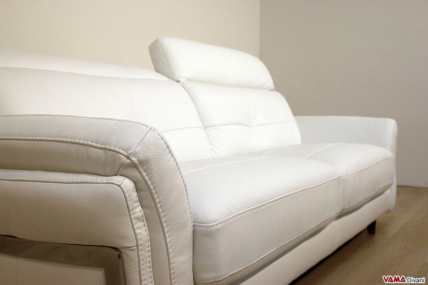 Divano in pelle moderno con poggiatesta per maggiore comfort - Poggiatesta per divano ...