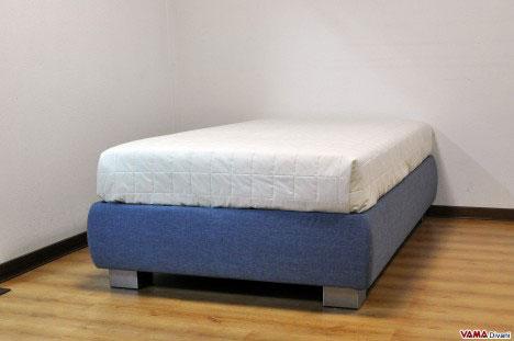 letto contenitore da una piazza e mezza alto sollevato da terra