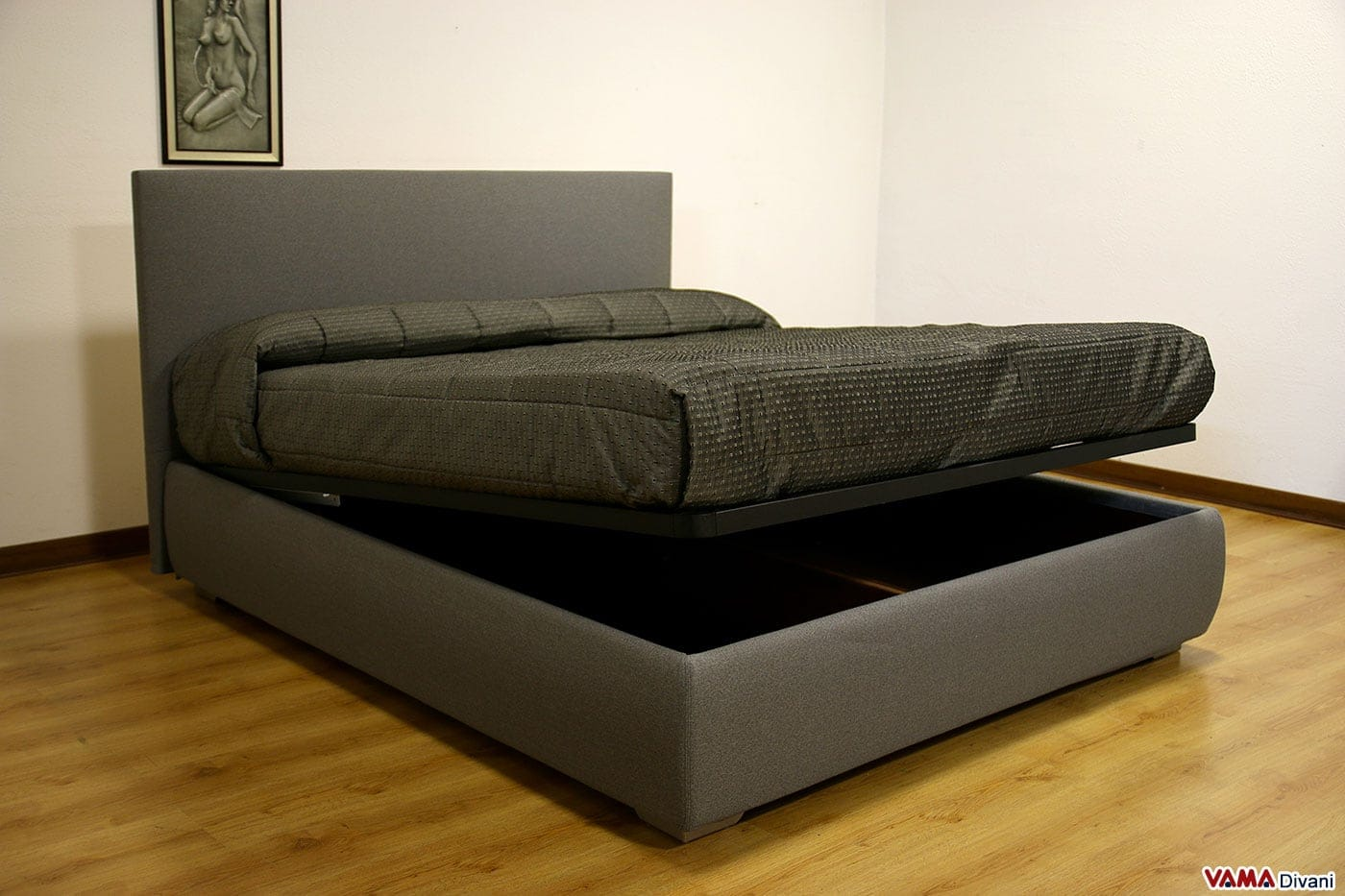 Letto imbottito in tessuto con contenitore testata semplice - Subito letto contenitore ...