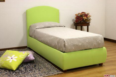 Letto singolo in tessuto verde