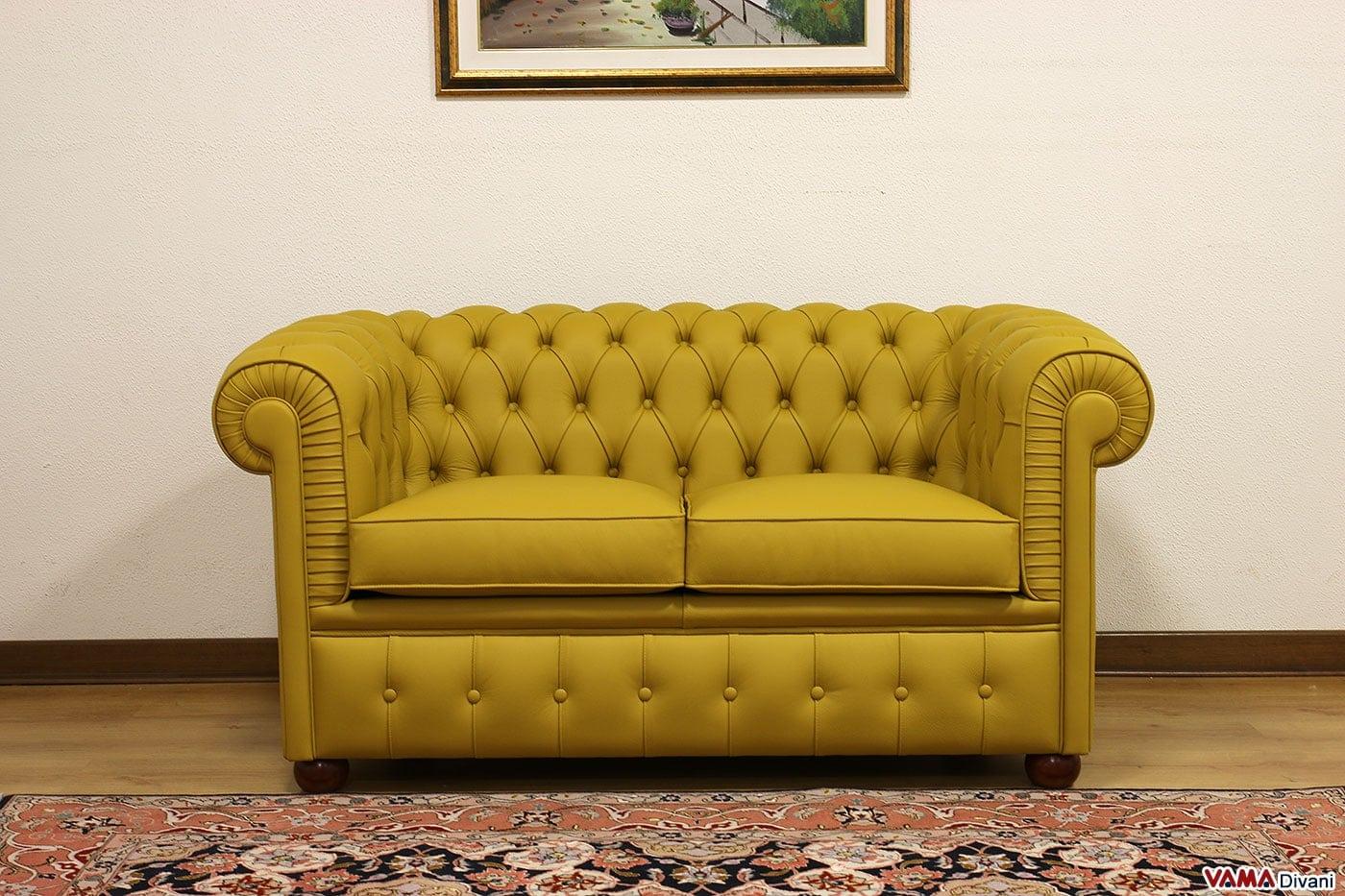 divano chesterfield con misure ridotte chesterino