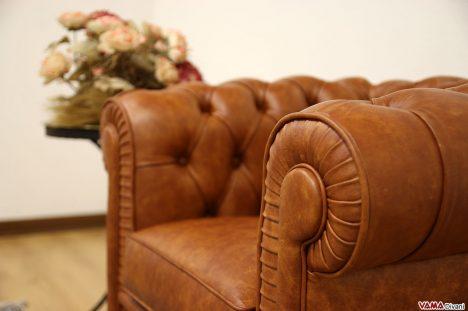 Poltrona Chesterfield mini in pelle cognac marrone