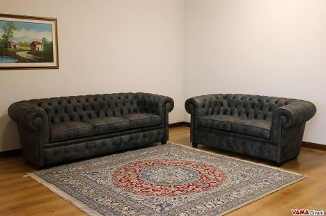 Salotto Chesterfield grigio moderno in pelle invecchiata