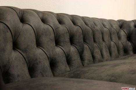 Schienale chesterfield grigio capitonnè pelle moderna
