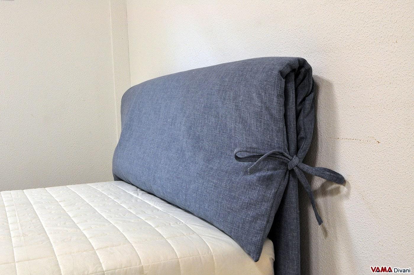 Letto una piazza e mezzo in tessuto con cuscino sulla testata - Testiera letto matrimoniale imbottita ...