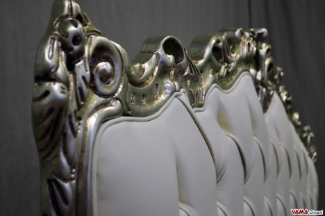 Testata letto in stile barocco in pelle bianca