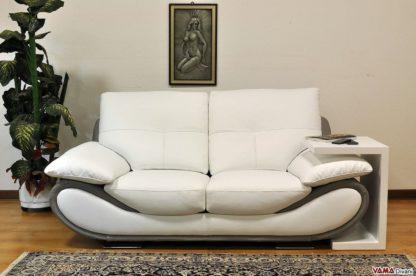 divano bianco moderno in pelle