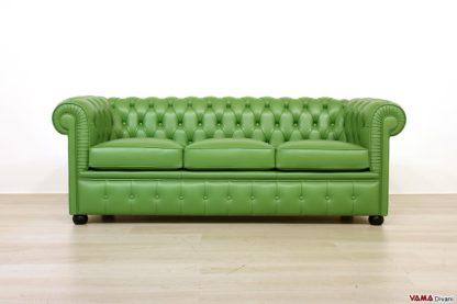 Divano chesterfield verde pisello