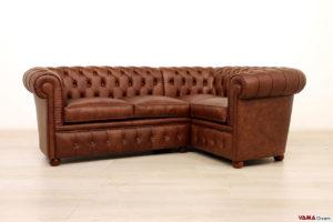 Piccolo divano chesterfield angolare