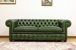 divano chesterfield inglese verde vintage