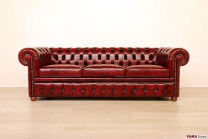 Divano Chesterfield 3 posti vintage rosso bordeaux