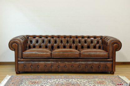 Divano chesterfield vintage 3 posti marrone invecchiato