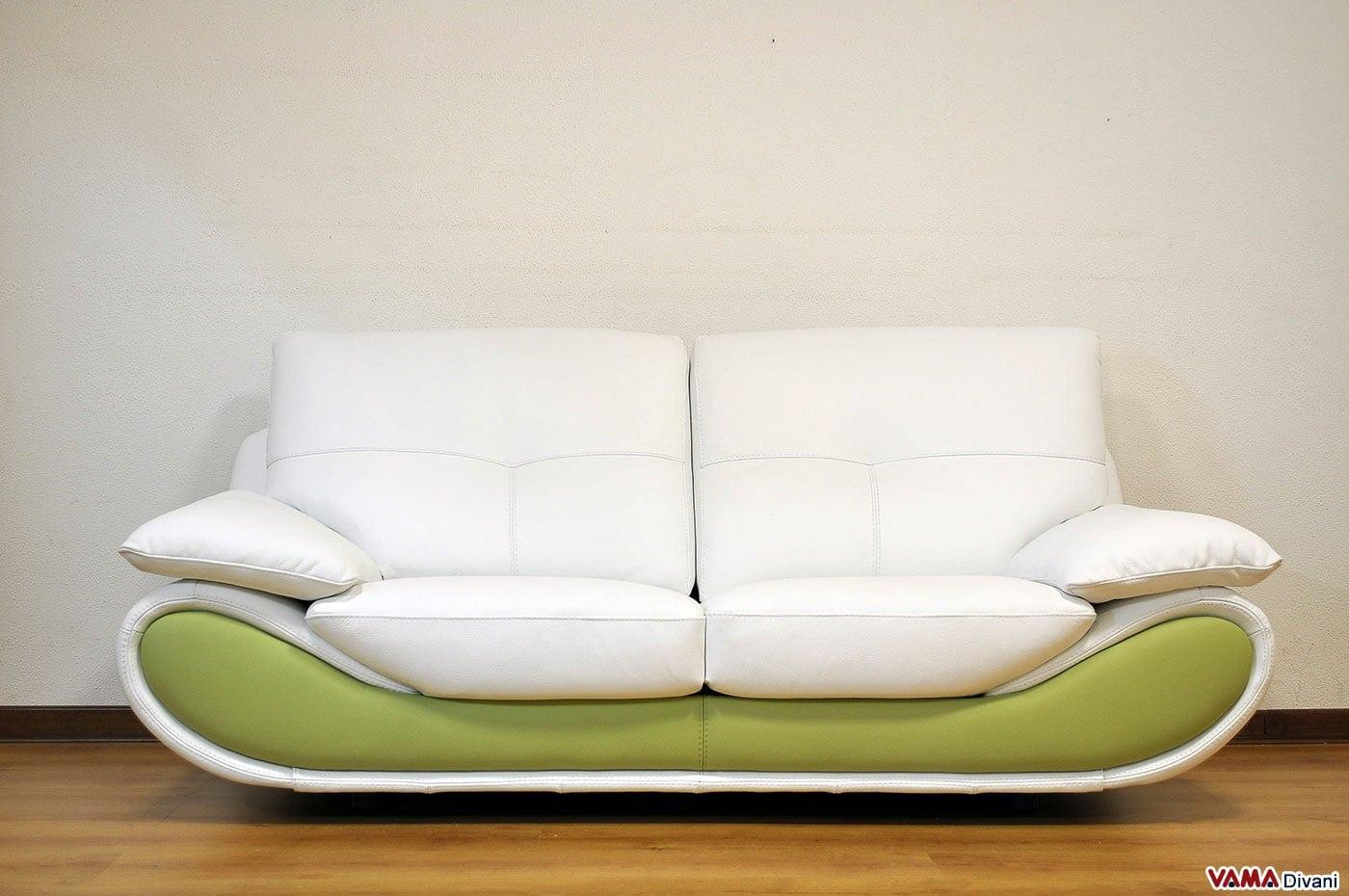 Divano moderno bianco in pelle prezzo e misure for Vendita online divani