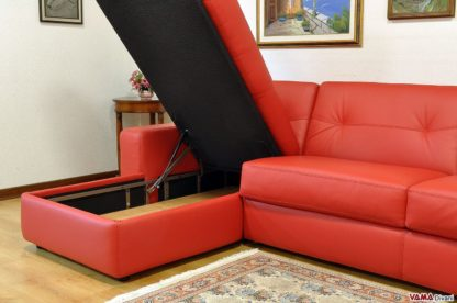 Chaise longue contenitore in pelle rossa