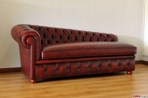 dormeuse chesterfield vintage bordeaux
