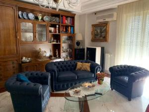 Foto recensione salotto Chesterfield VAMA in casa del cliente