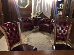 Poltrone e sedie capitonné per l'ufficio