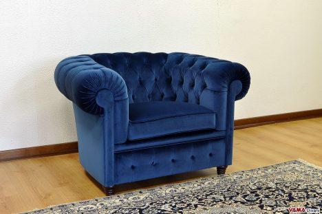 poltrona chesterfield in velluto tessuto blu