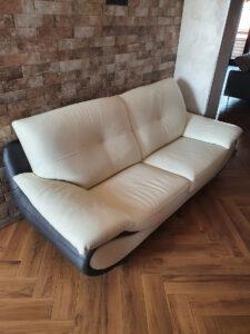 Recensione divano moderno in casa di un cliente di Caserta
