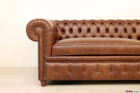 Divano Chesterfield vintage in pelle marrone