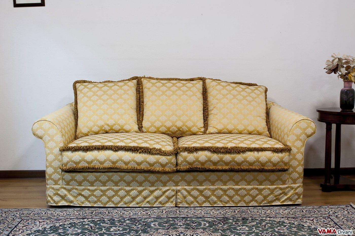 Divano giallo tessuto idee per il design della casa - Divano classico tessuto ...