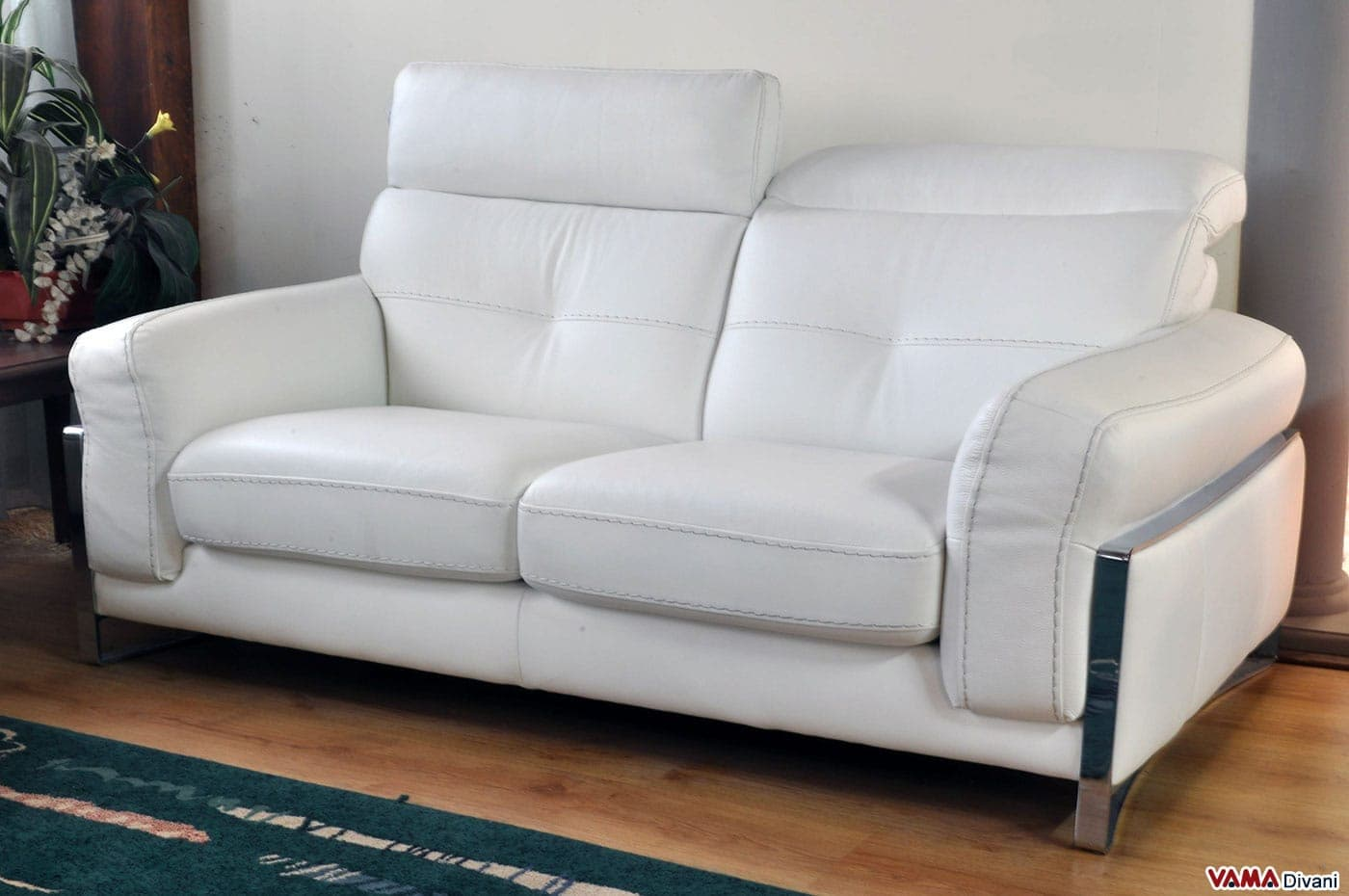 Divano Cuoio Moderno : Divano in offerta moderno pelle con poggiatesta reclinabile