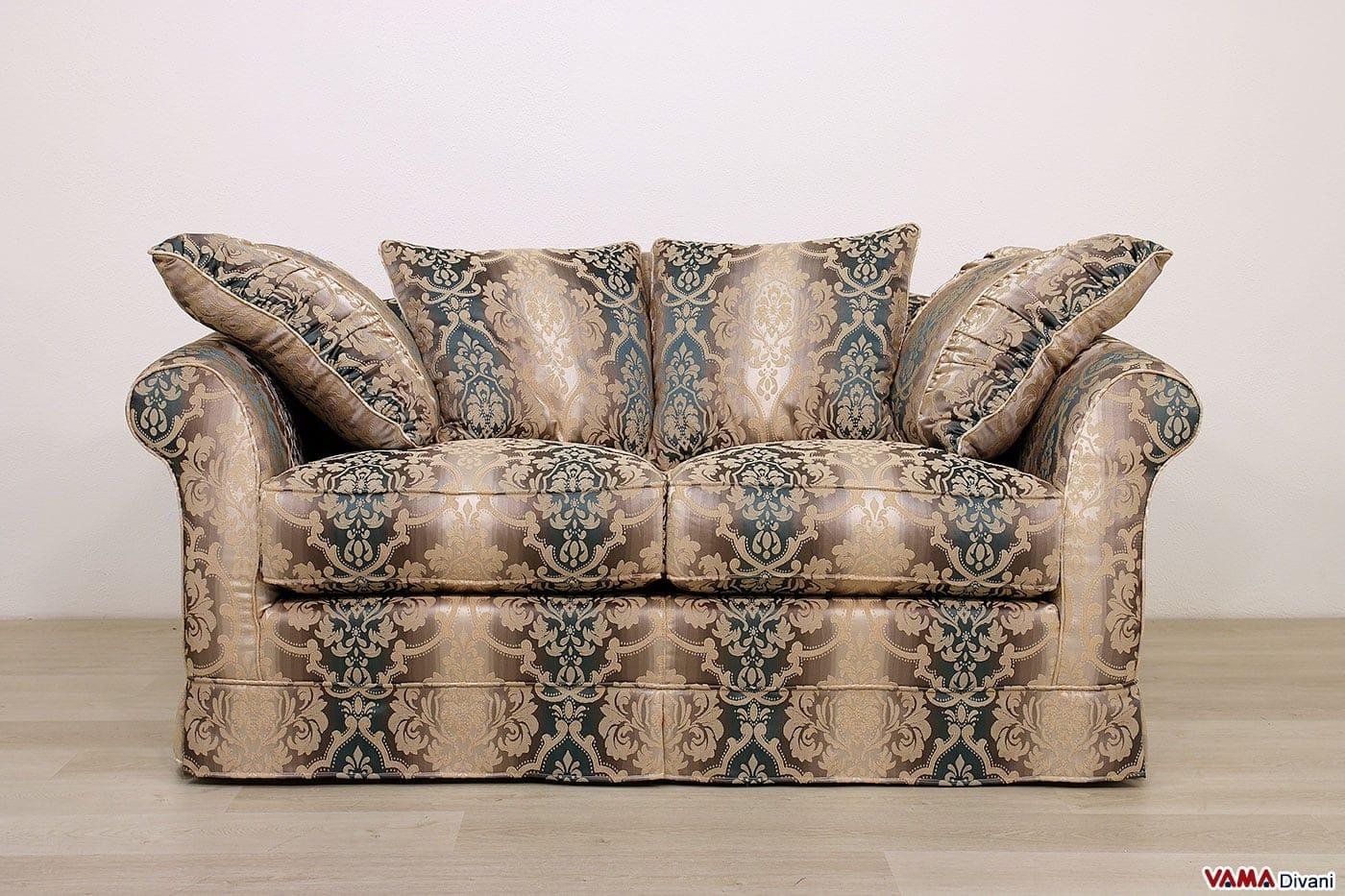 Divano classico ville vama divani - Dimensione divano 2 posti ...