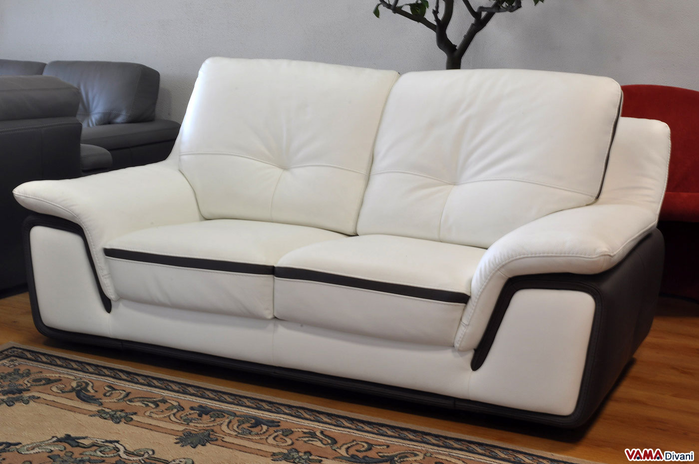 Offerta divano moderno in vera pelle vama divani