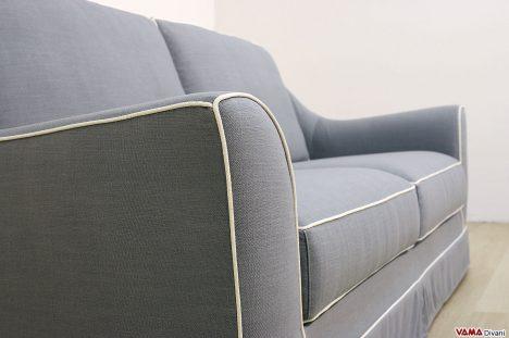 Foto divano classico in tessuto blu
